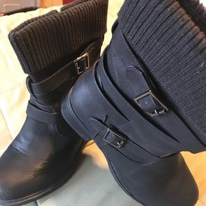 Montreal Black 2 Buckle Boots